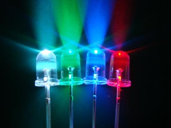 Ref: Lámparas LED (diodo de emisión de luz) herméticas para condiciones industriales pesadas