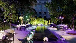 Ref. BOPL20150923001 Empresa ofrece servicios en el sector de organización de bodas