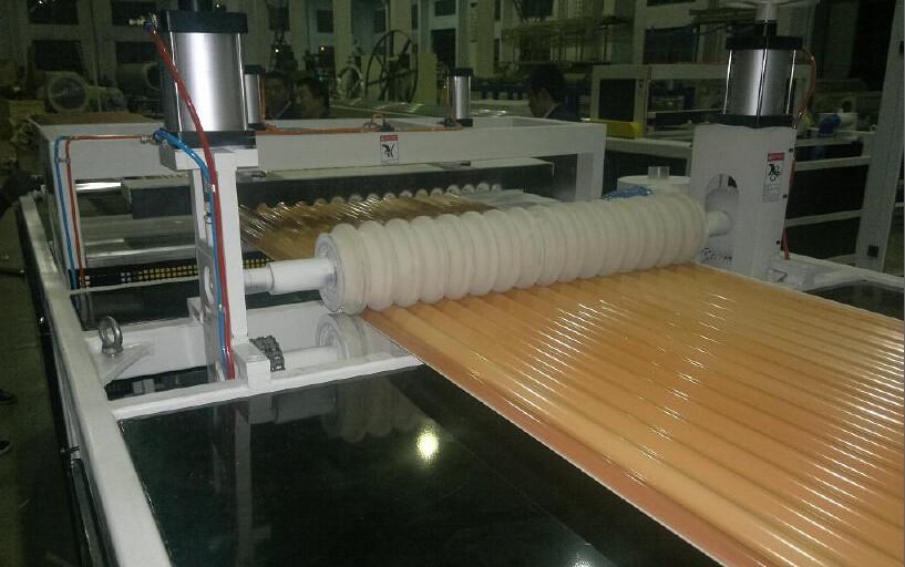 Tecnologías avanzadas para fabricar chapas/films de PVC (cloruro de polivinilo)