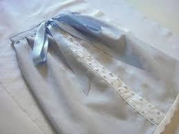 Ref. BRUK20160322001 Empresa británica busca fabricantes de faldones de seda para bebé