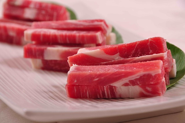 Ref. BORS20160518001 Productor serbio de carne fresca y procesada busca oportunidades de distribución, joint venture, fusión, intercambio de acciones y venta parcial del negocio