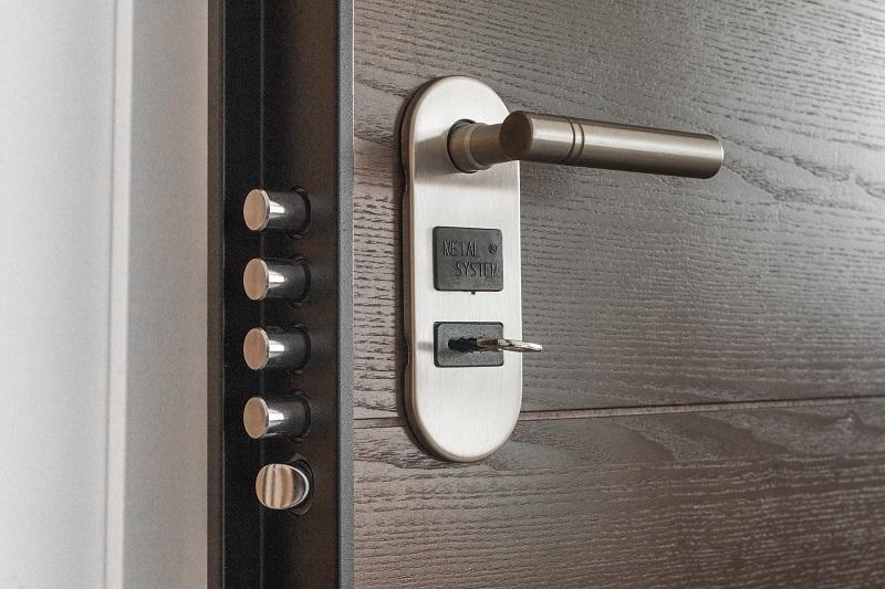 Ref. BOTR20210527001Fabricante turco de puertas de acero, puertas cortafuegos y puertas de chalé busca agentes comerciales o distribuidores