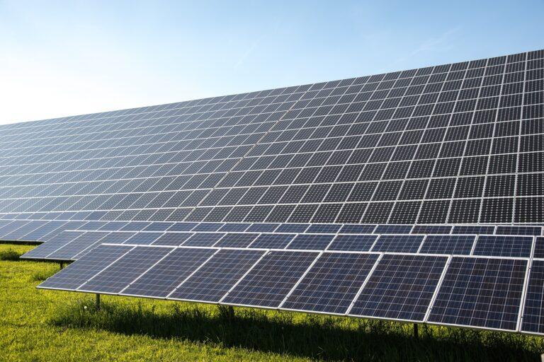 """Ref. BORS20191120002Empresa serbia ofrece un servicio """"llave en mano"""" de pequeñas instalaciones fotovoltaicas (tanto en cubierta como sobre terreno) mediante un acuerdo de subcontratación"""